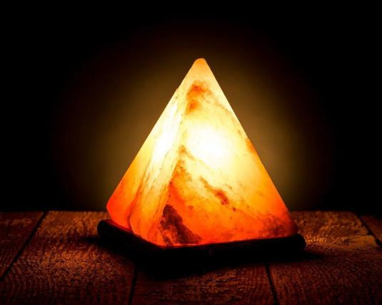 Himalayan-salt-lamp_1024x1024